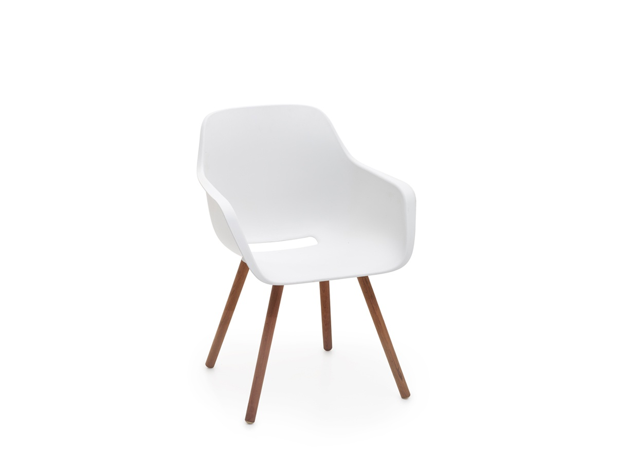 Captain's Woody Chair wit